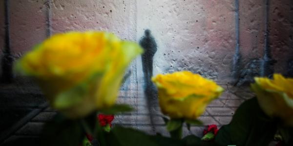 «Мы будем помнить его всегда!»,- кременчужане на месте убийства Олега Бабаева