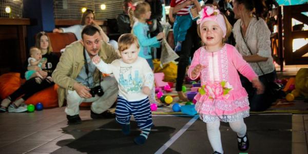 Карапузы Кременчуга устроили веселые забеги