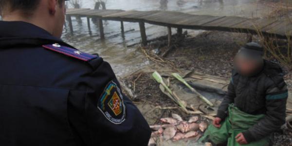 Полиция задержала трех браконьеров и 5 нарушителей правил рыболовства