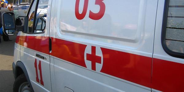 В Кременчуге девочку ударило током, мальчишка упал с высоты второго этажа