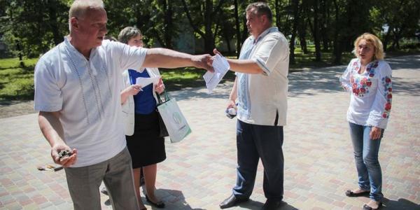 """Аллея раздора: УКС зацепился за """"недоделки"""" фирмы Галаты"""