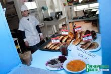 Кременчугские власти не могут повлиять на состояние дел с питанием сирот в ПТУ