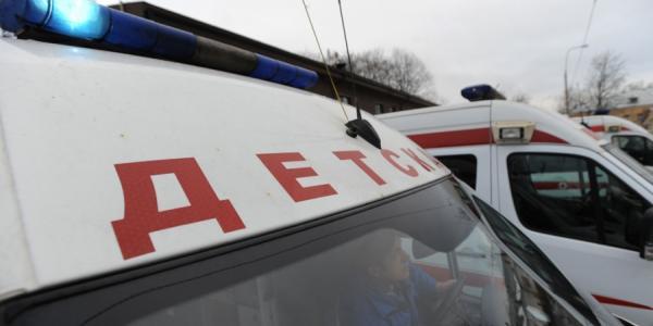 Один упал в подвал, второй получил сотрясение мозга: в больницу госпитализированы подростки