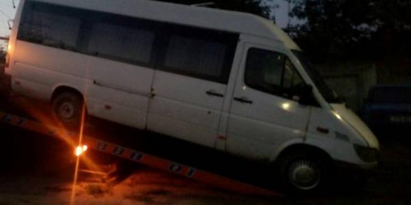 Кременчугские патрульные ночью гонялись за пьяным водителем маршрутки