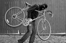 На выходных в Кременчуге украли 3 велосипеда и мопед