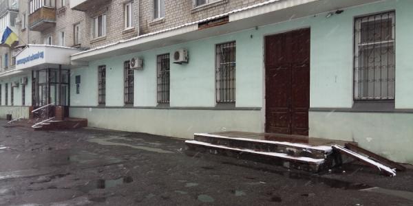 В Кременчуге людям с ограниченными физическими возможностями стало проще попасть в суд