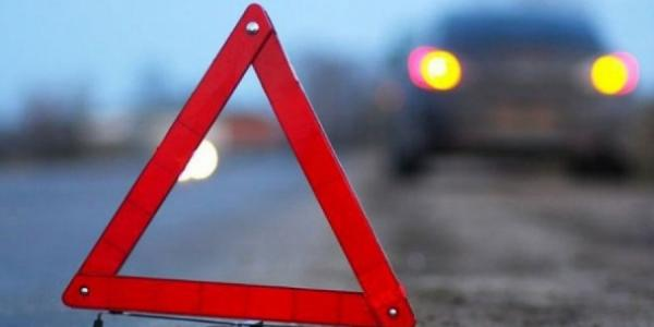В Кременчуге машина сбила девушку на обочине