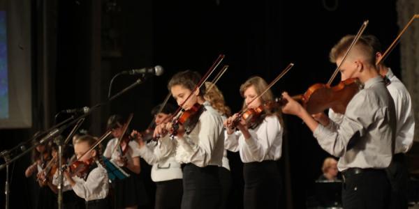 Прихожане Свято-Успенского Храма отметили Пасху концертом
