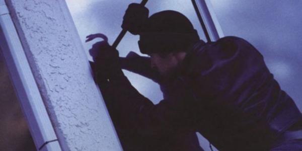 Воры обокрали в центре Кременчуга фотопечать