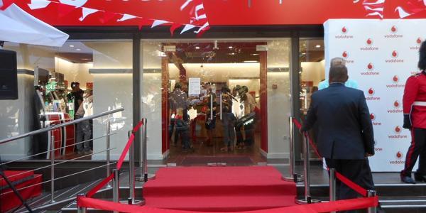 В Кременчуге открылся магазин Vodafone