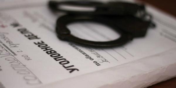 Лікар, підозрюваний у вбивстві юної пацієнтки, оголошений у розшук