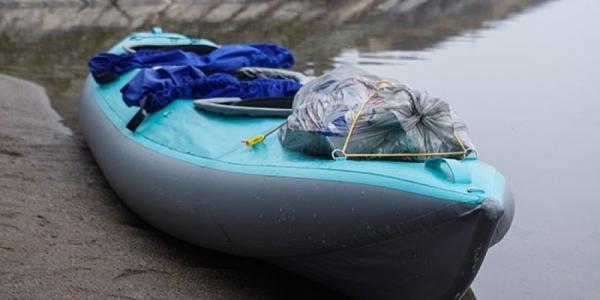 Экипаж байдарки «искупался» в весенней воде