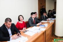 Депутаты требуют, чтобы Малецкий способствовал явке в суд своих заместителей, обвиняемых в коррупции