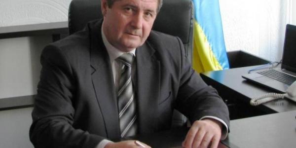 Глава Кременчугской райадминистрации Ярмола вчера опроверг слухи о своей отставке, а сегодня – его уволил Президент