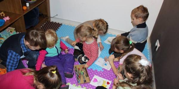 Малыши в Кременчуге собирают средства для больных детей