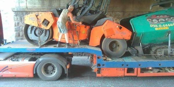 Фотофакт: в Кременчуге гробят коммунальную технику (дополнено)