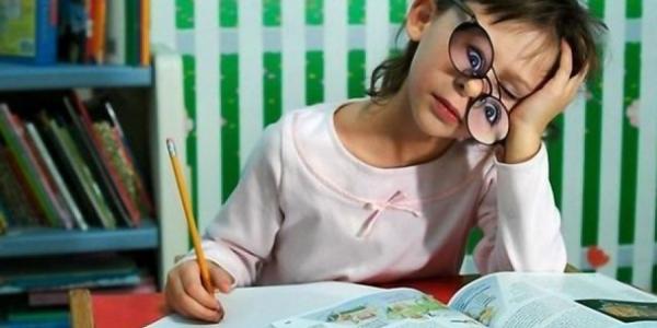 Кременчугские первоклашки будут писать карандашом, и обучаться по новой программе