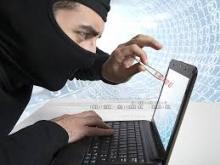 У кременчужан похитили банковскую карту и магнитолу