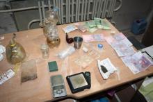 Милиция изъяла у кременчужанина наркотики и весы для их продажи