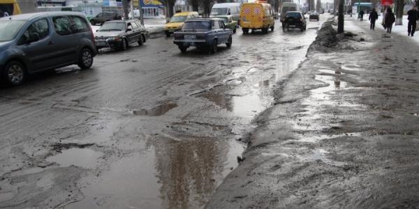 Дорогу на Молодежном начнут капитально ремонтировать в начале лета