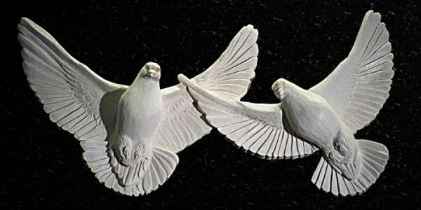 Кременчужане хотят в парке скульптуру породистых голубей
