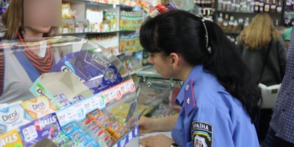 В Кременчуге предприниматели не стесняются продавать алкоголь «малолеткам»