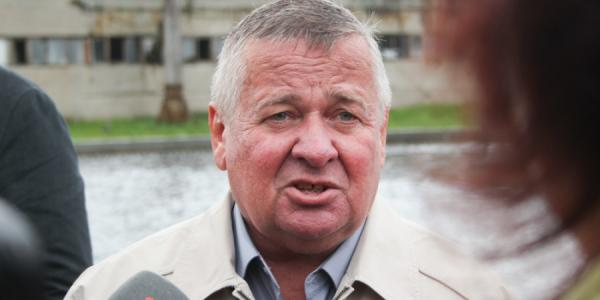 Директор водоканала Солодяшкин хвалит предшественника Медведовского и изживает его сына