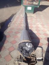 Фотофакт: движение по Ленина перегородил упавший столб