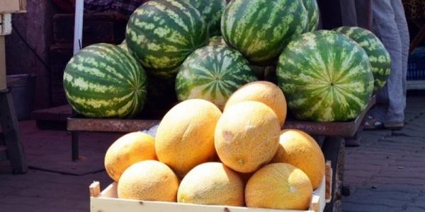 Арбузы на городских рынках продают без разрешения СЭС