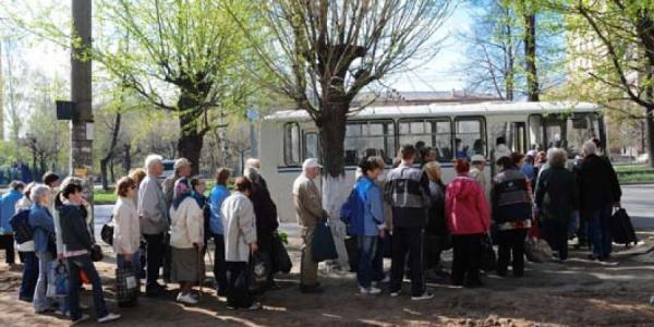 Кременчугские льготники смогут поехать на дачи бесплатно