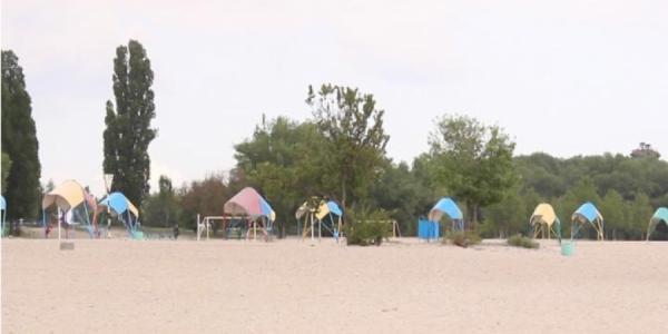 На Центральном пляже Кременчуга кишечной палочки в 7 раз больше, чем по норме