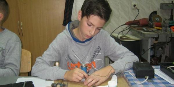 Кременчугский радиоконструктор «перещеголял» своих единомышленников