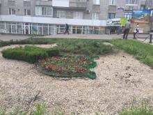 Коммунальщики оживляют клумбы в ответ на критику Кременчугской газеты