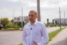 Малецкий – в отпуске, волонтеры – остались без денег, солдаты – без техники