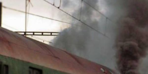В Кременчуге чуть не сгорел электровоз