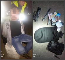 Кременчугские патрульные задержали вооруженного мужчину, который напал на таксиста