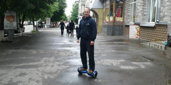 Экс-депутат Березянский призывает мэра Малецкого пересесть с авто на электротранспорт
