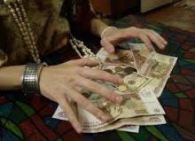 Кременчужанка заплатила 50 тыс. грн. за снятие порчи