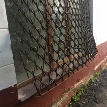Взлом офиса Молодежного парламента: «На решетках даже кровь осталась»