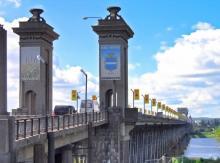 На Крюковском мосту движение будет ограничено до 26 июня