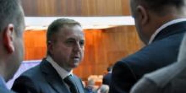 Кандидата на пост главы облсовета Полтавщины обвинили в «дерибане»