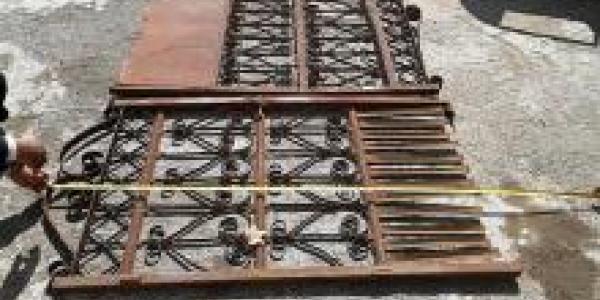В кожвендиспансере охотники за металлом украли ворота