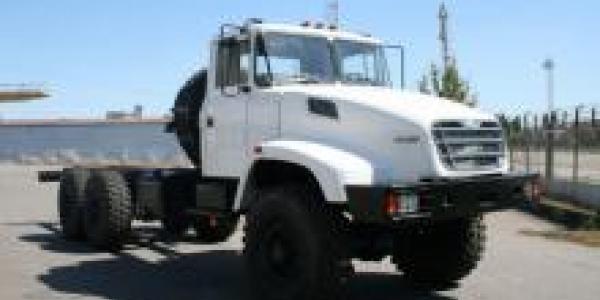 «АвтоКрАЗ» начал поставки отечественным машзаводам