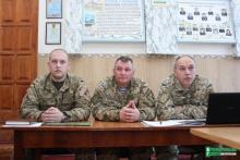 Кременчужан приглашают на контрактную службу в армию