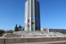 «Стакан» на площади уберут после выборов