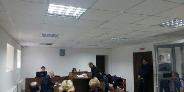 Правоохранителя, обвиняемого в убийстве задержанного, приведут в суд принудительно