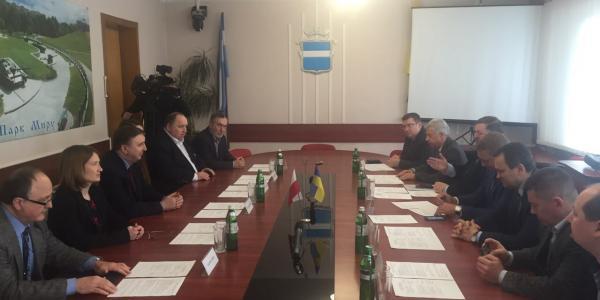 Малецкий поблагодарил польских дипломатов за помощь в создании хосписа