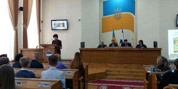 На трибуне президент МАН Кременчуга Е.Семик