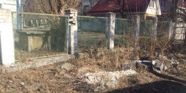 Центр Кременчуга: двухмесячник чистоты в разгаре, а свалка «цветет и пахнет»