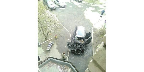 В Кременчуге подожгли BMW X5